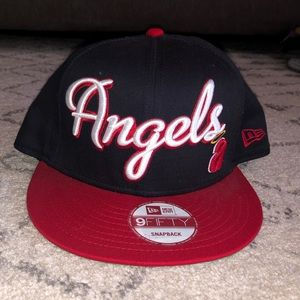 Angels Snapback Hat❤️🧢